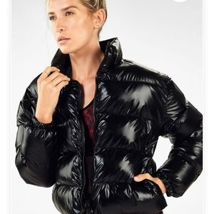 🔮 NWT- Fabletics Arden/Wander Puffer Jacket Large